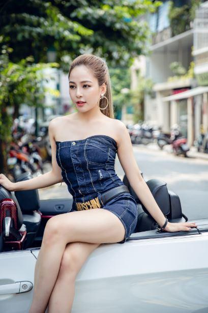 Hình ảnh hot girl Trâm Anh đầy quyến rủ
