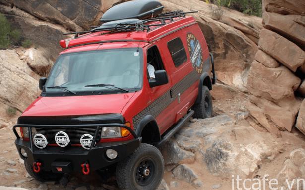 Tổng hợp 15 chiếc xe tải Camper tốt nhất dành cho khách du lịch di động 36